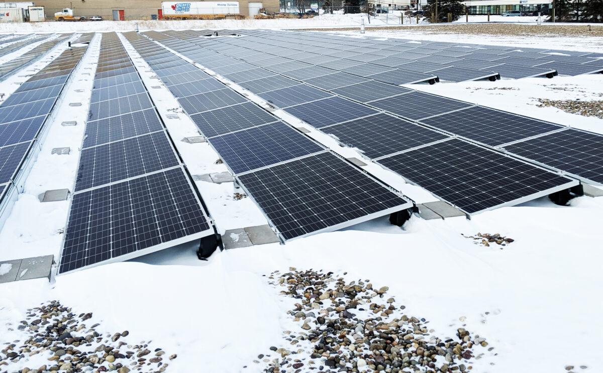 Winter-Solar-Panels